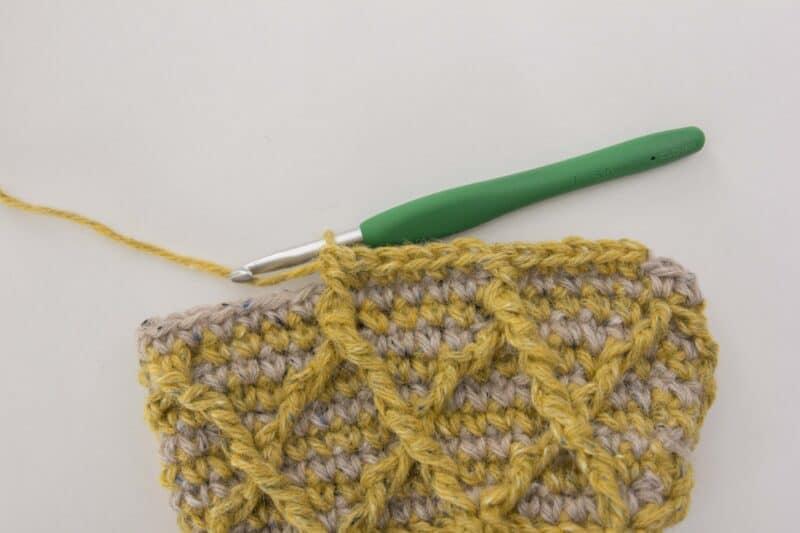 Cavit Crochet Beanie