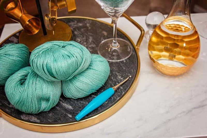 Furls Turquoise Crochet Hook