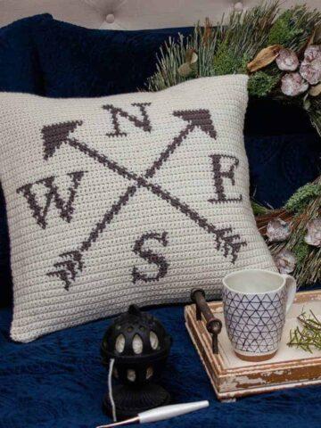 compass pillow crochet pattern