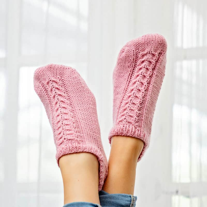 flat knit cable socks