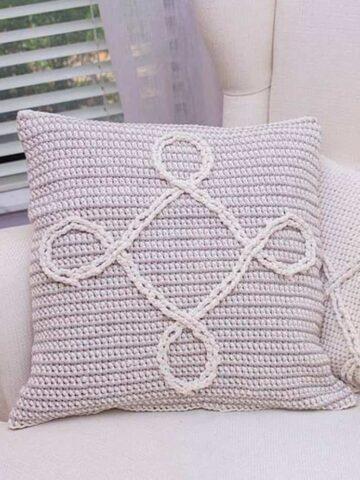 Ininfity Pillow Crochet Pattern